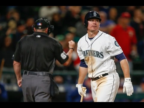 Mariners suspend Clevenger for racists tweets