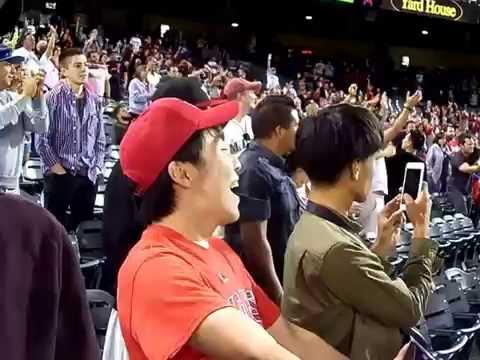 09-14-16 Angels vs Mariners 7th Stretch