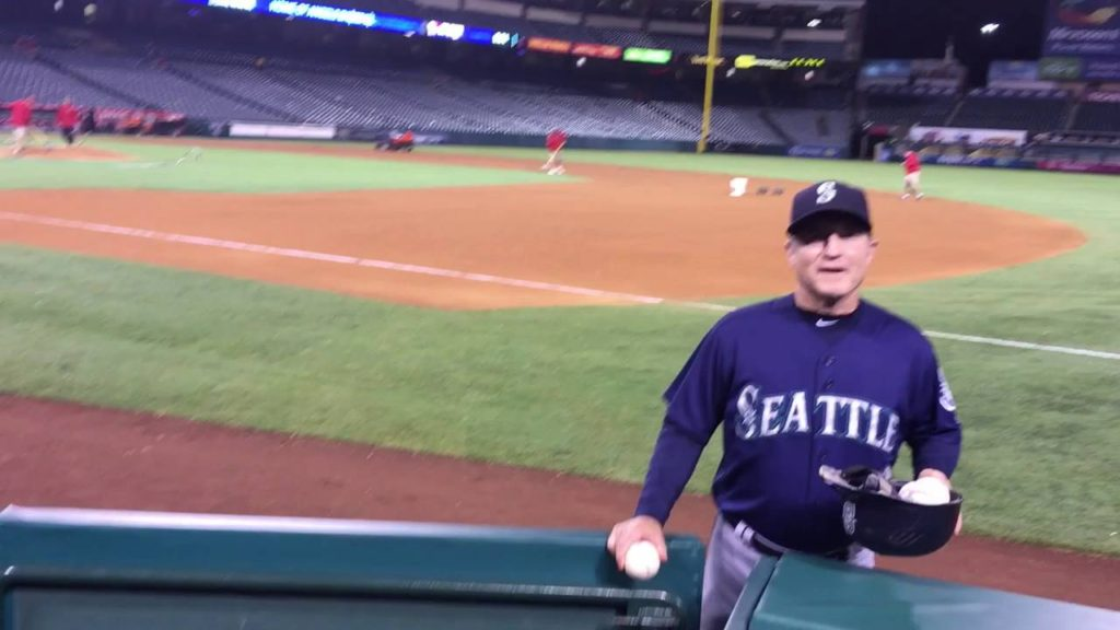 Coach  Casey Candaele (Seattle Mariners) Is a Friend to Young Fans