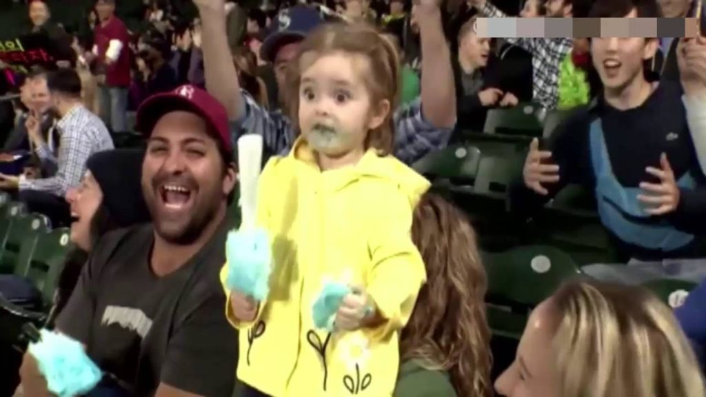 LITTLE GIRL LOSES HER MIND OVER COTTON CANDY AT SEATTLE MARINERS GAME