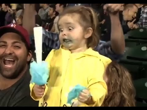 Little Girl Has Sugar Rush at Mariners Game