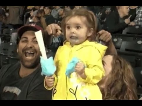 Mariners' cotton-candy girl is new internet hero