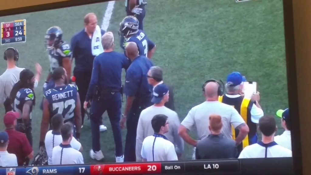 Russell Wilson Knee Injury vs 49ers Horsecollar Tackle. out of the game