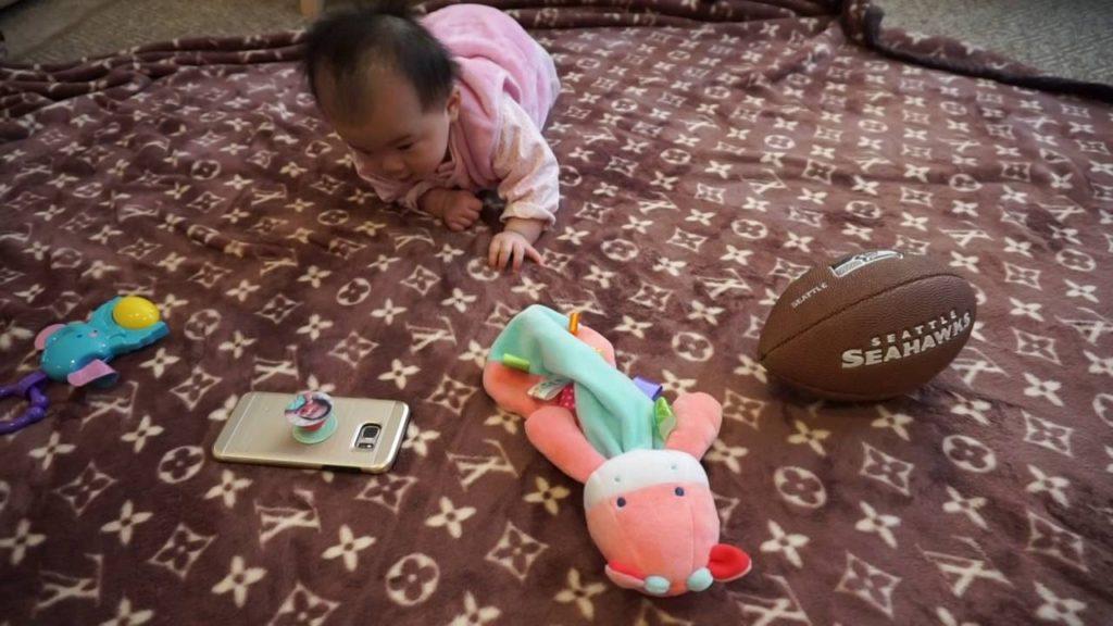 Baby loves Seahawks ;)