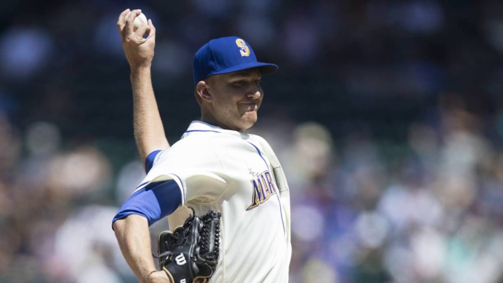 Cubs trade for P Mike Montgomery from Mariners