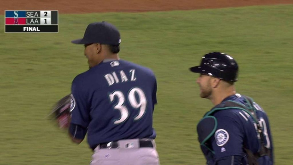 SEA@LAA: Diaz seals the deal in the Mariners' 2-1 win