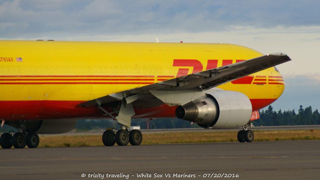 (HD) Bombardier Q400 Sunrise Departure to Seattle