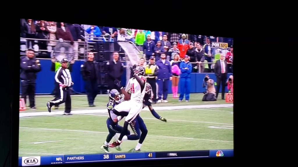 FALCONS VS SEAHAWKS OFFICIAL SJ #82 NOT CALLING OBVIOUS PASS INTERFERENCE 10/16/2016 PART 2