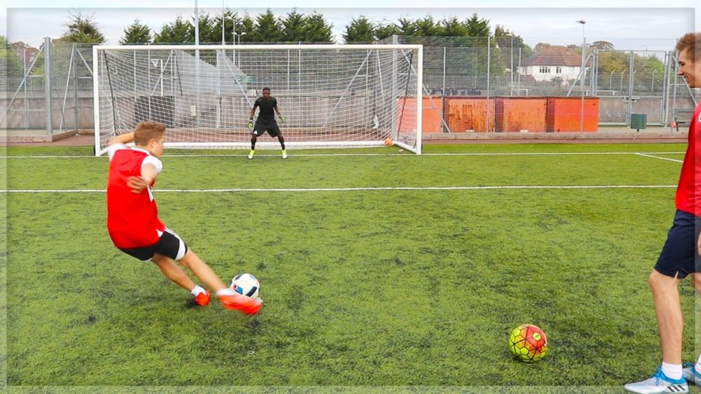 FOOTBALL WITH CHRIS & TOBI