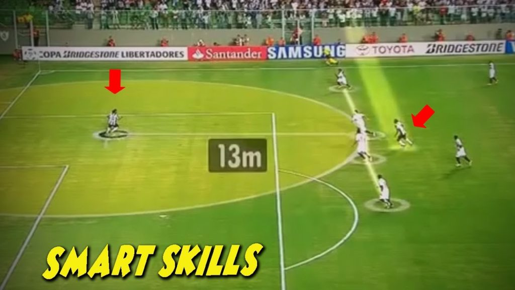 Smart & Intelligent Plays in Football | Head Over Physique
