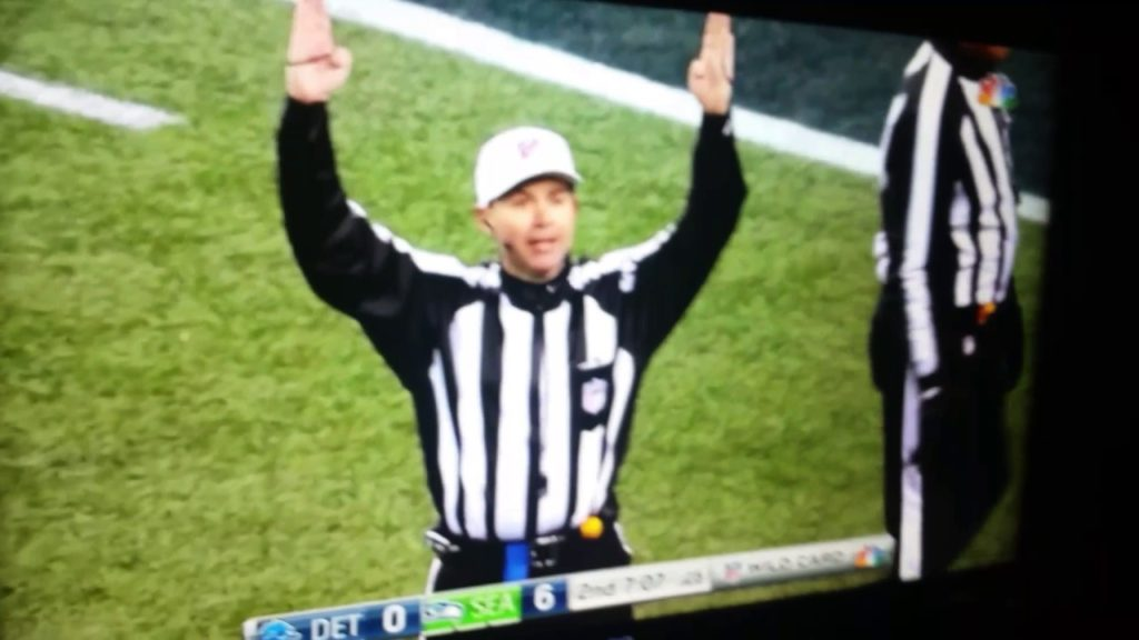 BEST ONE HANDED CATCH FOR THE SEAHAWKS BY #10