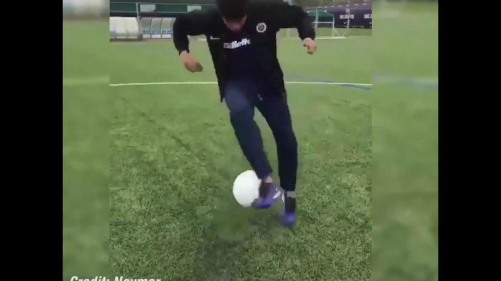 Even Neymar forgets how to play football sometimes!