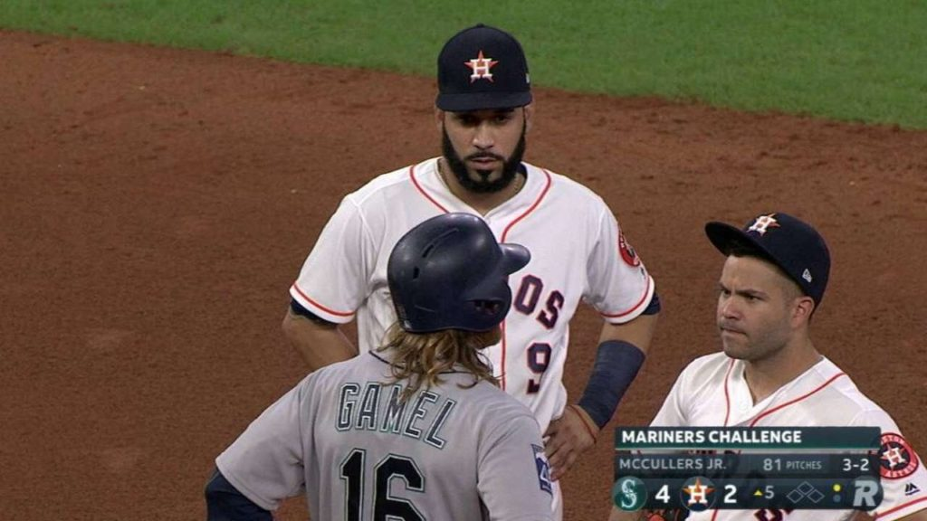 SEA@HOU: Gamel steals second after Mariners challenge