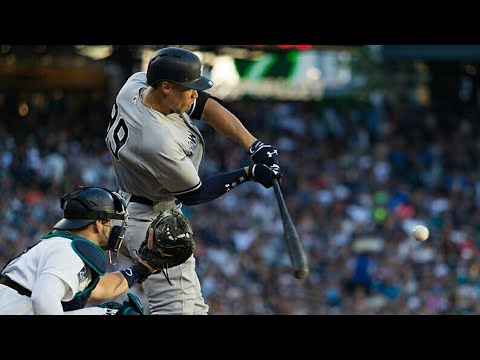MLB NY Yankees Aaron judge 32nd home run, second straight game with a homerun vs Seattle Mariners