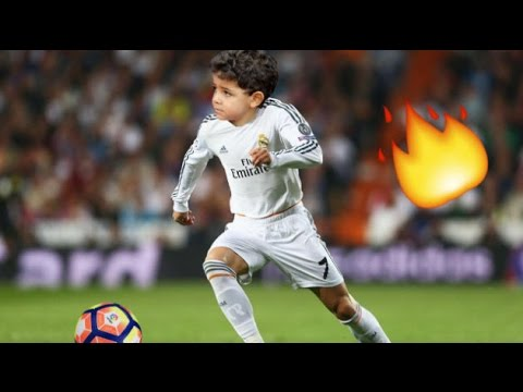 WHAT IF RONALDO'S SON PLAYED FOOTBALL? – FIFA 17