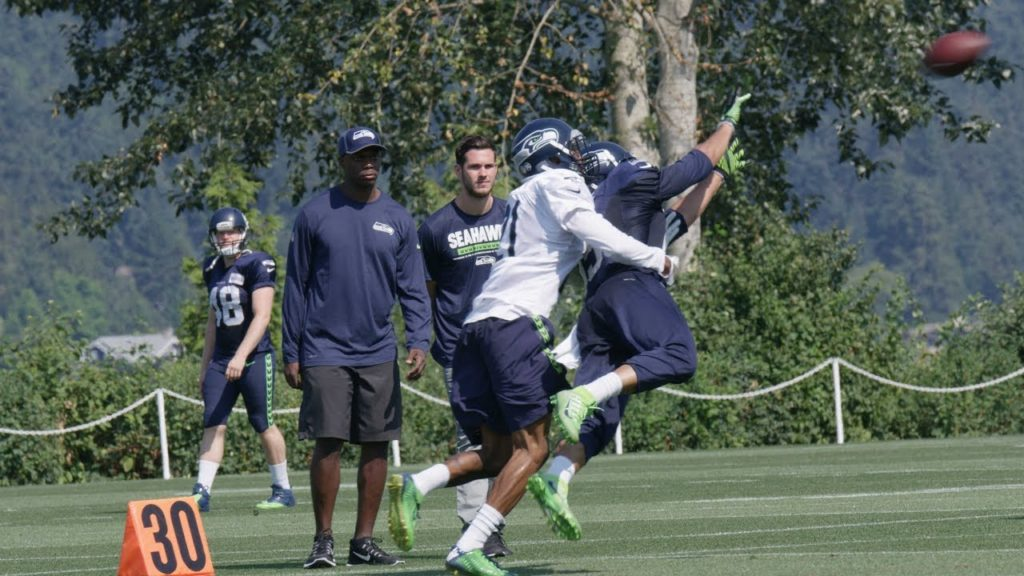 Seahawks Training Camp Highlight: Wide Receiver Jermaine Kearse Diving Catch