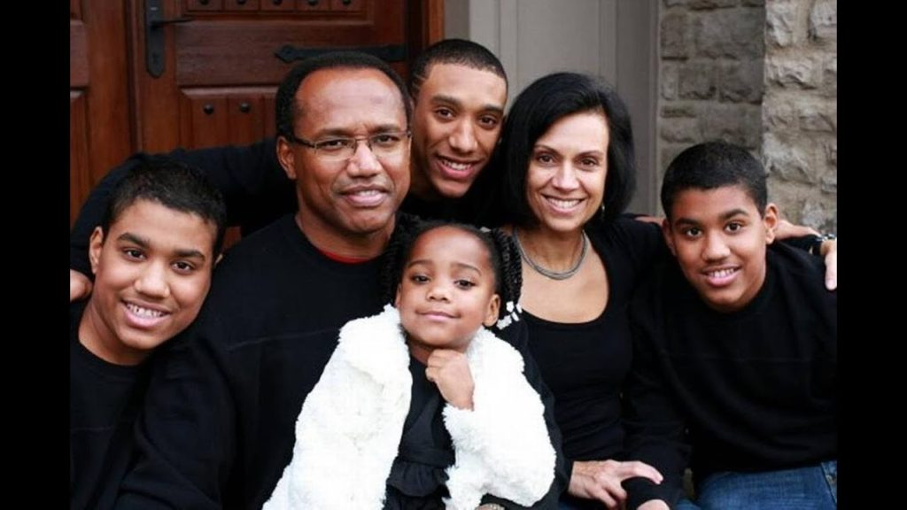 Curt Warner shares about family's struggles with autism
