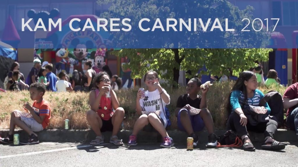 Seahawks Kam Chancellor Gives Backpacks | Seattle's Union Gospel Mission