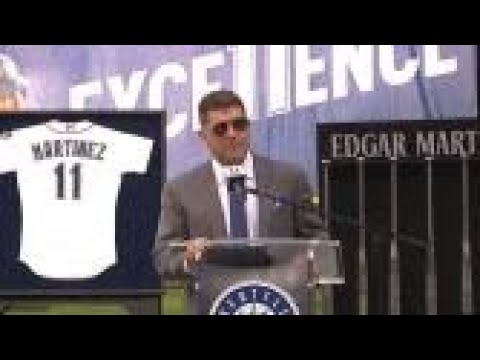 Mariners Top Play – Martinez gets his number retired by Mariners