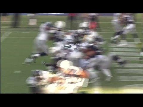 08/13/2017 – week 1 – Seattle Seahawks running back Chris Carson runs in a 1-yard touchdown