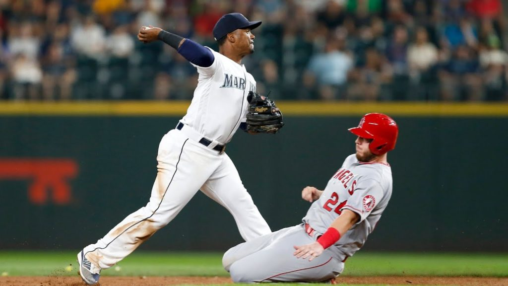 Who'll Win a Wild Card Spot? – The Angels and Mariners are both just a half game ou