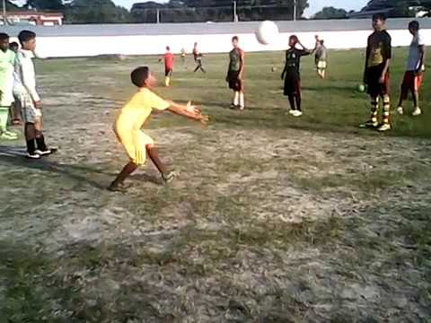 Do you want to see Neymar childhood playing football?