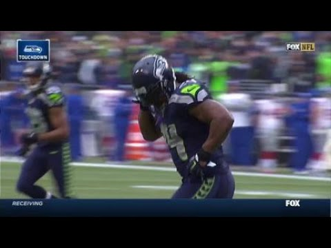 2014 – Seattle Seahawks running back Marshawn Lynch rushes in for a 1-yard touchdown