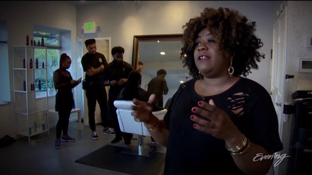 Meet the woman behind the Seahawks hair – KING 5 Evening