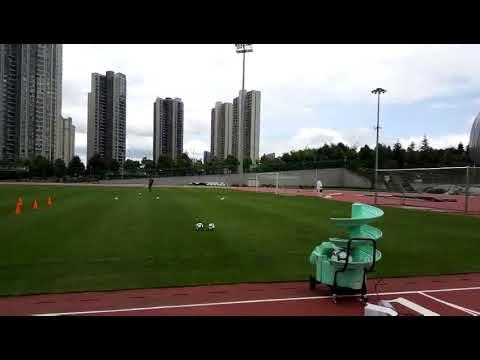 Testing football training machine SIBOASI S6526 how to play football