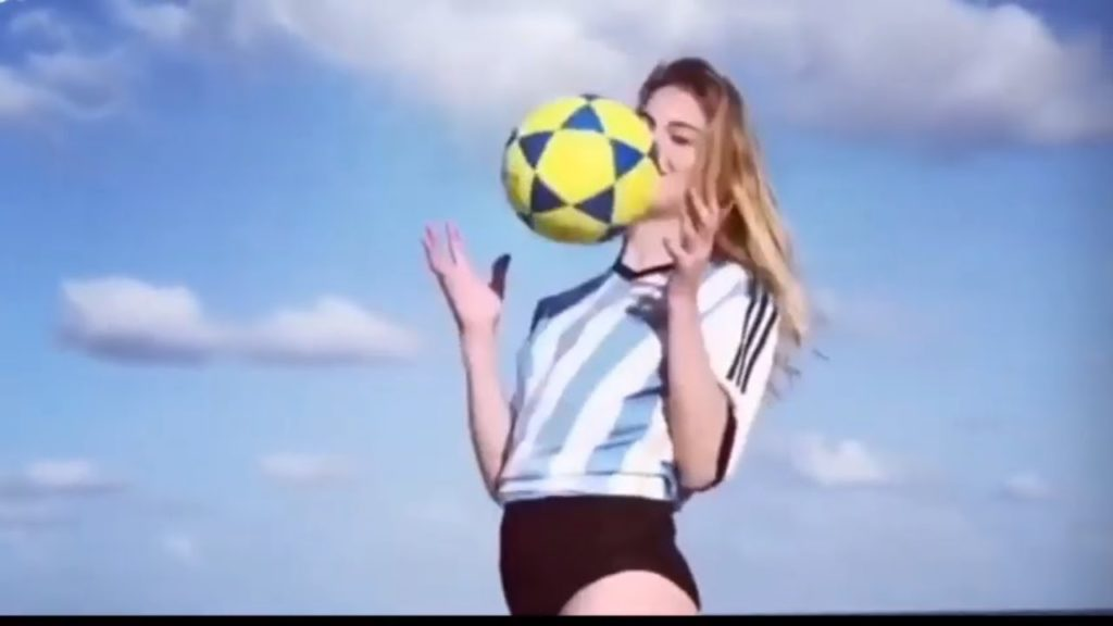 Girls Playing Football #8 – Amazing Street Football Skills