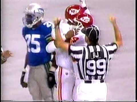 1995   Chiefs  at  Seahawks   Week 1