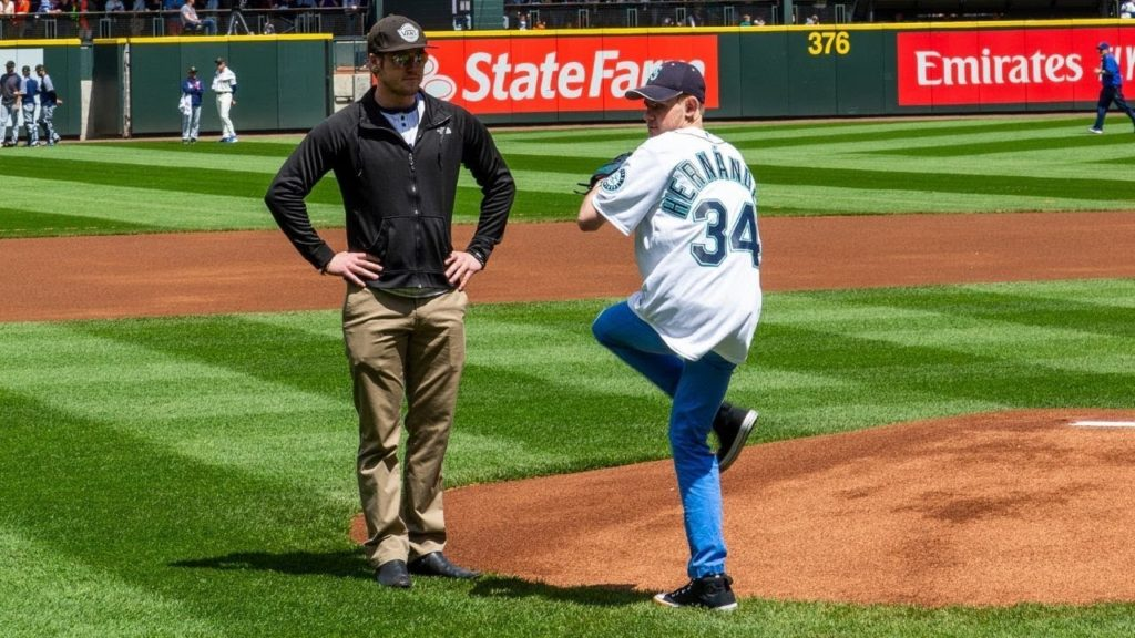 Johny Throws First Pitch at Mariner's Game