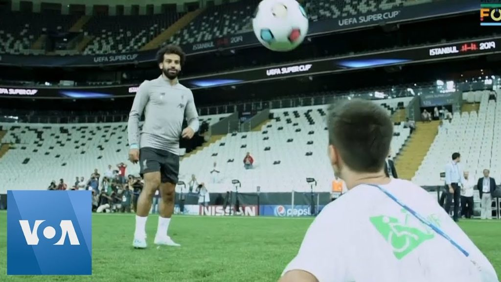 Mo Salah, Jurgen Klopp Play Football With Child Amputees Ahead of Chelsea Clash