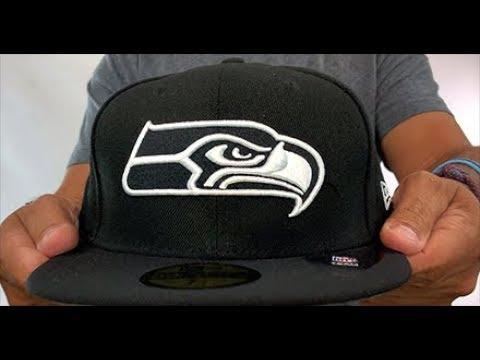 Seattle Seahawks NFL TEAM-BASIC Black-White Fitted Hat by New Era