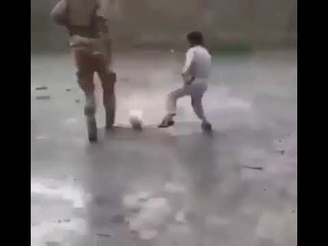 #Turkisharmy #syria Turkish army playing football with Syrian childs.