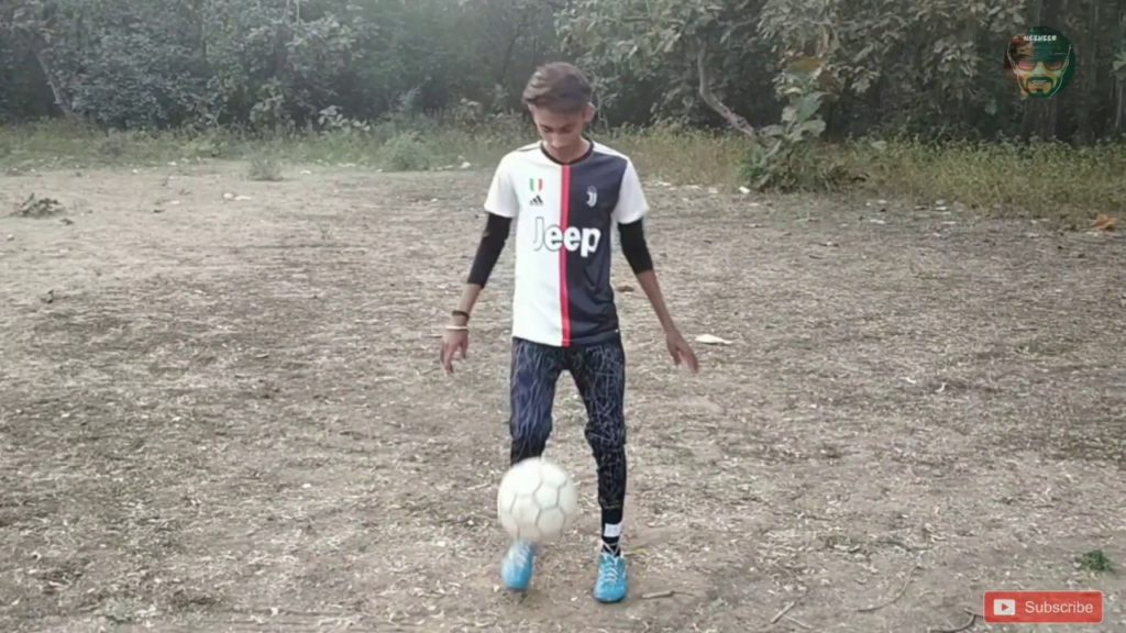 Funny SHOTS || Mr. Montu Express || Going to play football