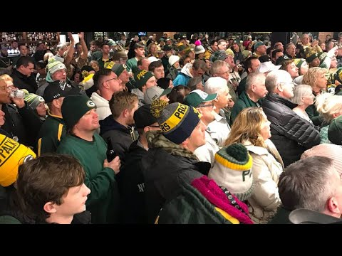 Fans arrive in Titletown early for the pre-Seahawks `Packers Everywhere Playoff Pep Rally`