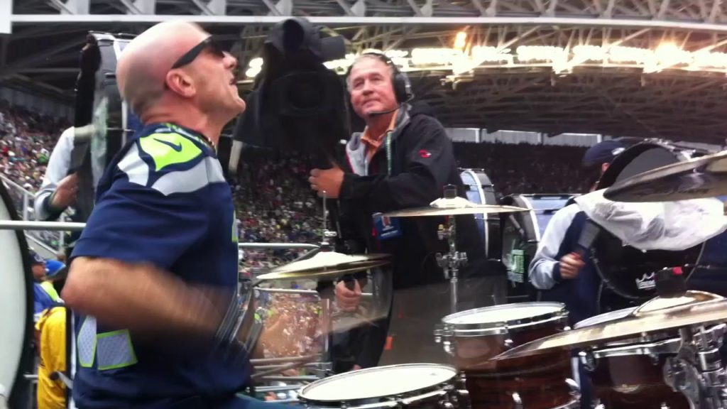 Kenny Aronoff Joins The Seattle Seahawks Blue Thunder Drumline. World Noise Record!
