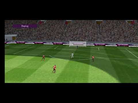 Pes mobile 2020. A German teaching the Brazilians how to play football