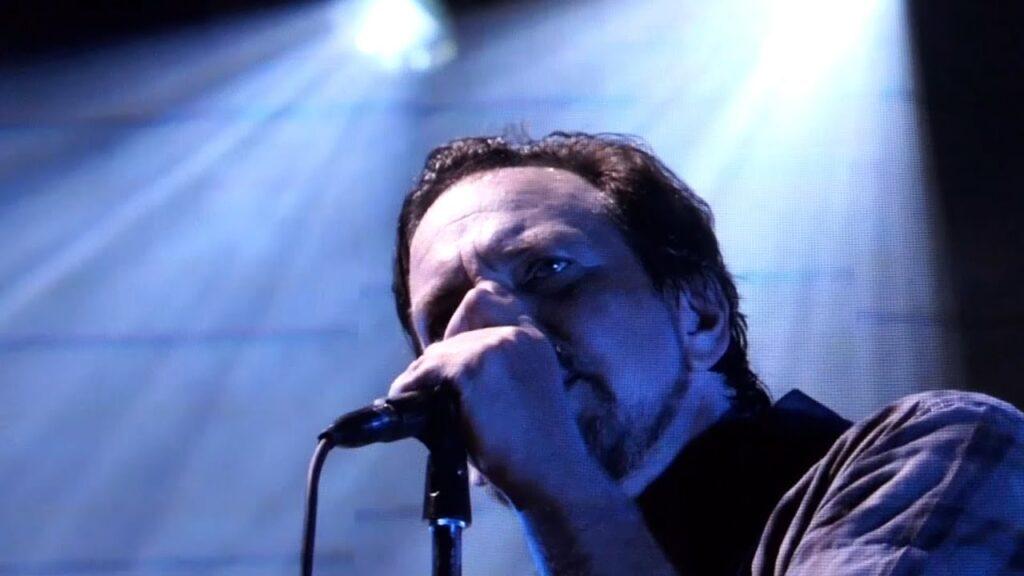 Pearl Jam 08-08-2018 Safeco Field, Seattle, WA Full Show Multicam SBD Blu-Ray